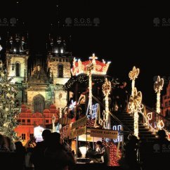 VIDEO: Christmas tree animation, Old Town Square, Prague